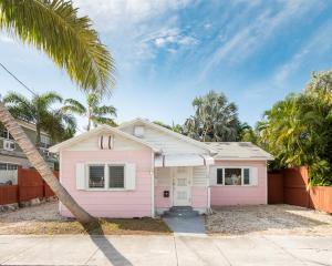 2613  Fogarty Avenue  For Sale, MLS 595616