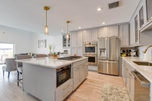 1417  12Th Street  For Sale, MLS 595708