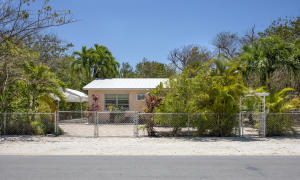 29284  Coconut Palm Drive  For Sale, MLS 595720