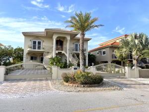 112 Ocean Shores Drive, Key Largo, FL 33037