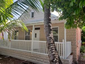 1916 Seidenberg Avenue, Key West, FL 33040