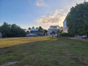107 W Plaza Del Lago   For Sale, MLS 596040