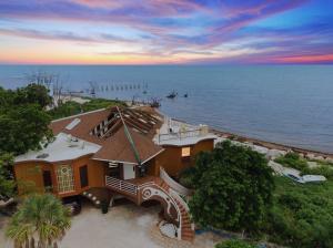 1557  Long Beach Drive  For Sale, MLS 596222