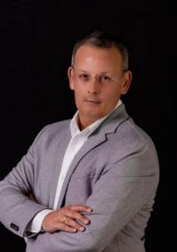 Wade J Meyer agent image
