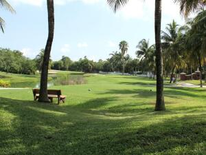 The rear porches offer a view of the 18-hole Key West Golf Course.