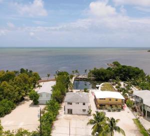 16  Seaside Avenue  For Sale, MLS 596616