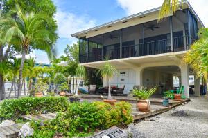 179  Plantation Avenue  For Sale, MLS 596756