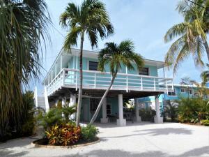 27416  Cayman Lane  For Sale, MLS 596742