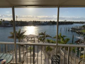 2000  COCO PLUM Drive 305 For Sale, MLS 596979