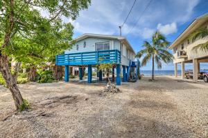 6601  Oceanview Avenue  For Sale, MLS 597280