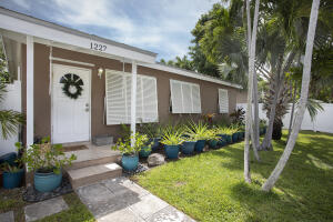 1227  20Th   For Sale, MLS 597614