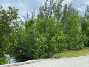 50  Blue Water Drive  For Sale, MLS 597771