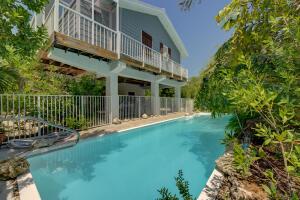24 Mangrove Lane, Key Largo, FL 33037