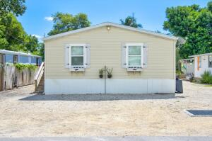 945 Plantation Road, Key Largo, FL 33037
