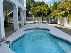 2825  Dolphin Drive  For Sale, MLS 597019