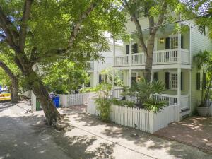1221  Margaret Street  For Sale, MLS 598012