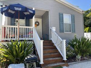 805 Gale Place, Key Largo, FL 33037