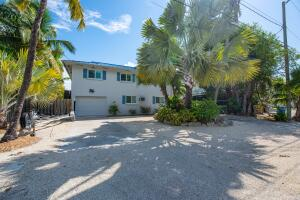 877  Bay Drive  For Sale, MLS 598141
