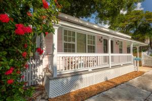 1221  Olivia Street  For Sale, MLS 598135