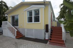 4 Coral Drive, Saddlebunch, FL 33040