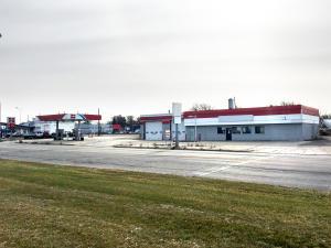 1321 Center Ave, Moorhead, MN 56560