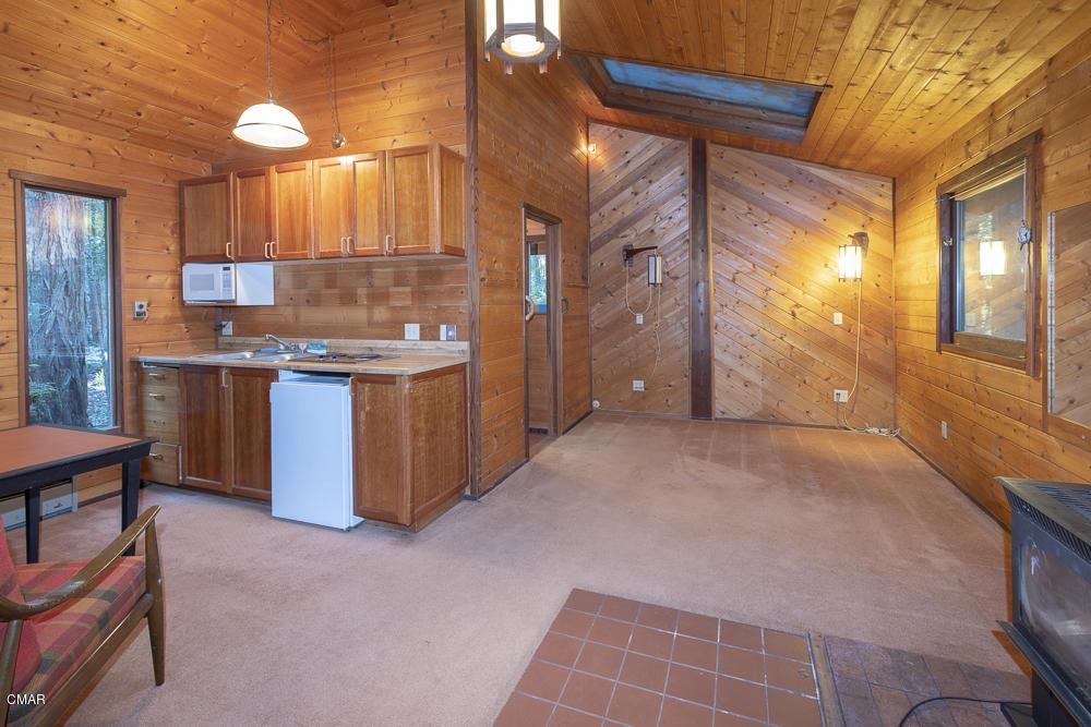 14650 Mitchell Crk, Fort Bragg, CA 95437
