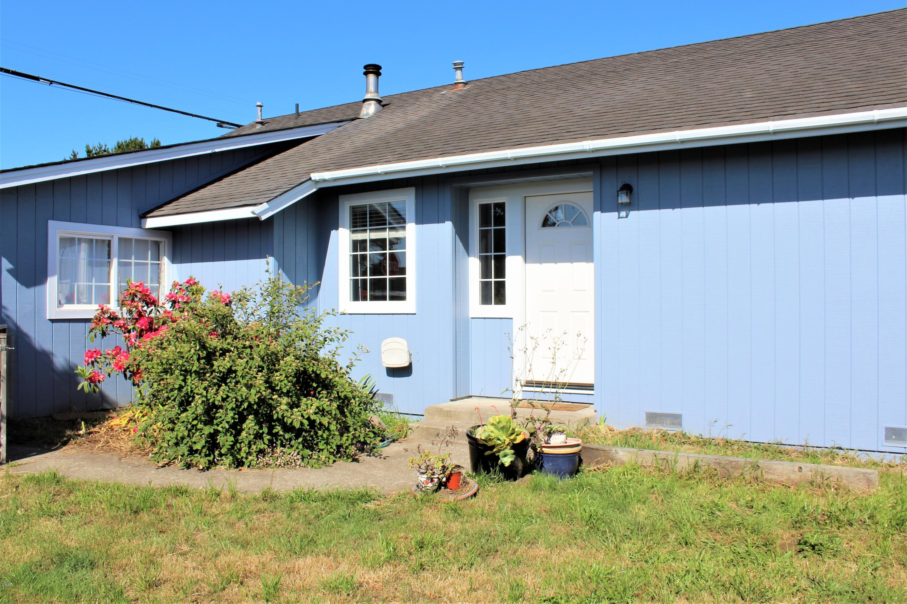 Clean, move in ready 2 bedroom home.  Large living and dining rooms. Part of back yard is fenced for privacy and pet safety. Newer roof, back deck and windows. Exterior paint in 2020.  This parcel spans from Woodward to Hazelwood Streets but is only partially fenced. Two storage sheds. This location is close to harbor and coast trails.