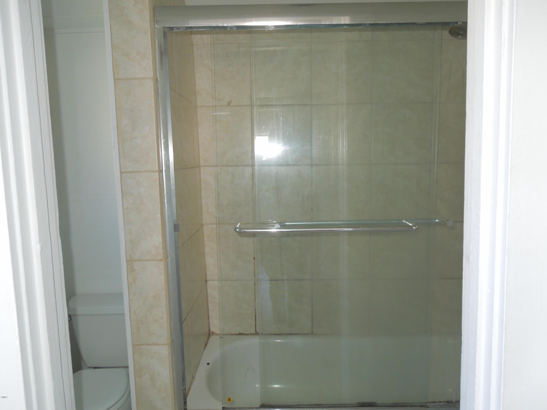 Shower-Tub Combination
