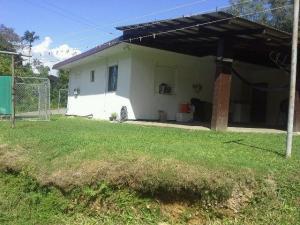284 Chalan Teleforo Street, Yona, GU 96915