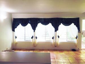 Rizal Drive 3, Mamis Tano Condo, Dededo, GU 96929