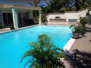 Extra large pool!