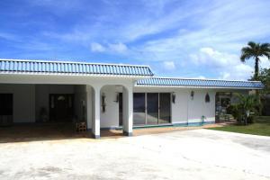 1 Belle Gumataotao Circle, Piti, Guam 96915