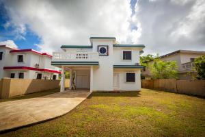 128 Kayen Komplimento, Dededo, Guam 96929