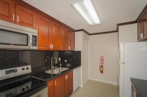 144 Leon Guerrero Street 201, Tumon, Guam 96913