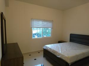 139 Untalan Torre Street B203, MongMong-Toto-Maite, Guam 96910