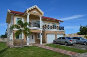 115 Callasan, Tamuning, Guam 96913