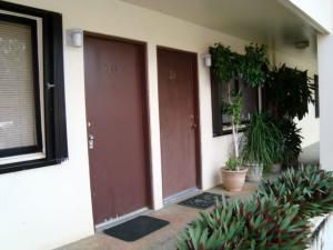 TITRES Street B20, MongMong-Toto-Maite, Guam 96910
