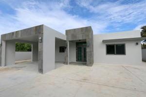 140 Chalan Hachon, Dededo, Guam 96929