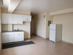 Casa Ladera F, Agana Heights, Guam 96910