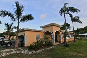 209 Paulino Heights North, Talofofo, Guam 96915