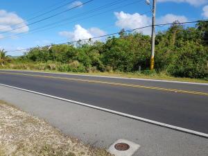 Cross Island Rd (Rt 17), Yona, GU 96915