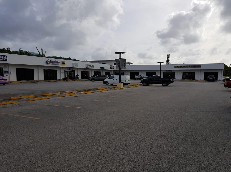 511 Macheche Road, Dededo, GU 96929