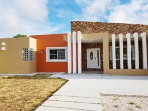 168 West San Antonio, Dededo, GU 96929