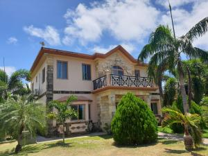 815C Chalan Canton Taso East, Yona, Guam 96915