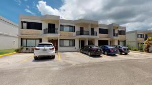 Kayan Gunot 314, Dededo, Guam 96929