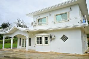 285 Santos Lane, Mangilao, Guam 96913