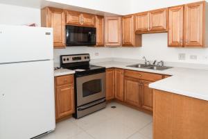 Royal Gardens Townhouse F Street Royal Gardens 19-4, Tamuning, GU 96913