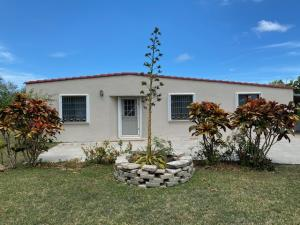 162 Carabao (Windward Hills) Street, Yona, GU 96915