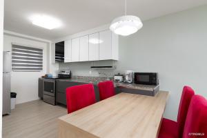 Tumon Oceanview Residence 1433 Pale san Vitores Road 607, Tumon, GU 96913