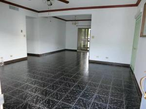 Sabana Plaza Condo 230 Pangelinan St B206, Tamuning, GU 96913